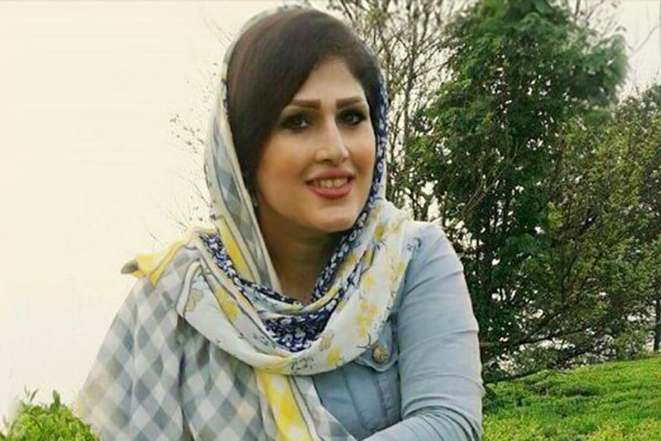 Iran imprisons Christian convert after she refuses to renounce faith