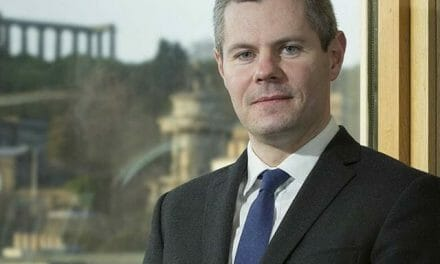 Senior Scottish politician resigns after bombarding boy (16) with 'predatory' messages
