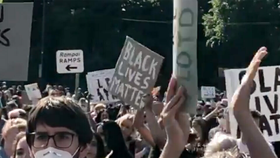 'We can't go to funerals, but they can have a march?' Anger on social media at Dublin protest which ignored social distancing