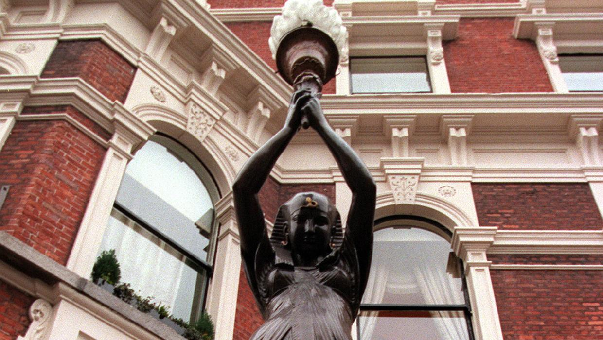 If the statues had to go, should the Shelbourne Hotel be re-named?