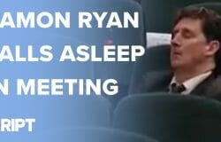 WATCH: Eamon Ryan's afternoon snooze in the Dáil